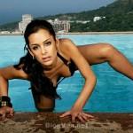 Larissa-Riquelme-Paparazzo-pictures-035