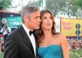 Clooney pronto a lasciare la Canalis, ma non sa come fare.