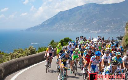 Sorrento-Costiera Amalfitana-Ascea, la 3^ tappa del Giro d'Italia va a Luca Paolini, ottima la prestazione di Agnoli e Nibali.