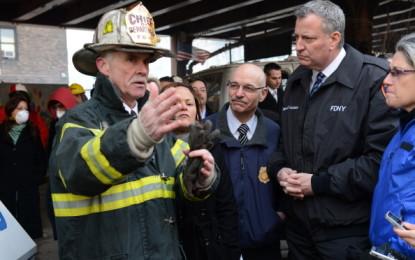 Esplosione a New York, crollano due palazzi. Bill De Blasio: «É stata fuga di gas»