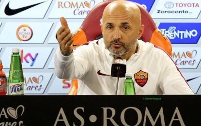 """Roma, Spalletti: """"Il Porto? Quando si perde, sbaglio sempre. De Rossi è dispiaciuto per l'espulsione, forse teneva troppo alla qualificazione"""