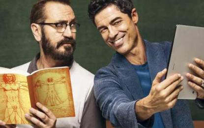 Beata Ignoranza, dal 23 febbraio al cinema. Massimiliano Bruno dirige Marco Giallini e Alessandro Gassman in una commedia sull'amicizia e la tecnologia.