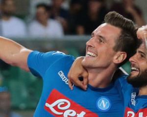 Napoli, buona la prima. Larga vittoria a Verona, e ritorno al goal di Milik. Il Napoli vola.