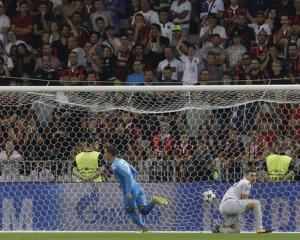 Napoli: Si vola ai gironi Champions. Dominato il Nizza e vittoria dedicata alle vittime di Ischia