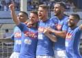 Napoli-Cagliari 3-0, azzurri da record: settima vittoria di fila e vetta solitaria