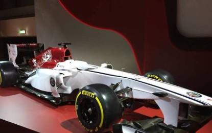 L'Alfa Romeo batte sul tempo la Ferrari La presentazione della Sauber, al primo anno di partnership con il Biscione, arriverà due giorni prima della Rossa di Maranello.