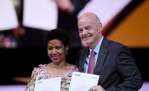 Calcio Femminile: la FIFA investe 500 milioni di dollari nei prossimi quattro anni.  Alla convention di Parigi ha partecipato anche la responsabile della Divisione Calcio Femminile della FIGC Francesca Sanzone.