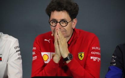 """Le Rosse sono le più veloci, ma il Team Principal Binotto non si fida: """"Per la pole dovremo essere perfetti"""". Ed intatto Vettel scherza con Leclerc…"""